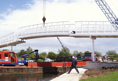 2001 Iconic Bridge Installation.