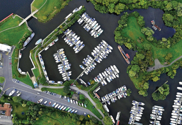 Birds eye view of Farndon Marina