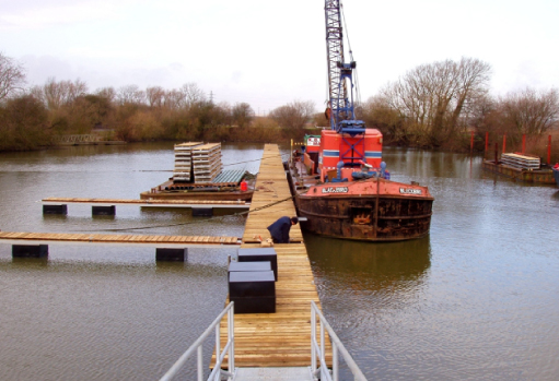 Early 2004 saw a big push in the upgrading and development of many of the pontoons across Farndon Marina. The floating pontoons provide safe secure moorings regardless of how much the water rises on the Trent!